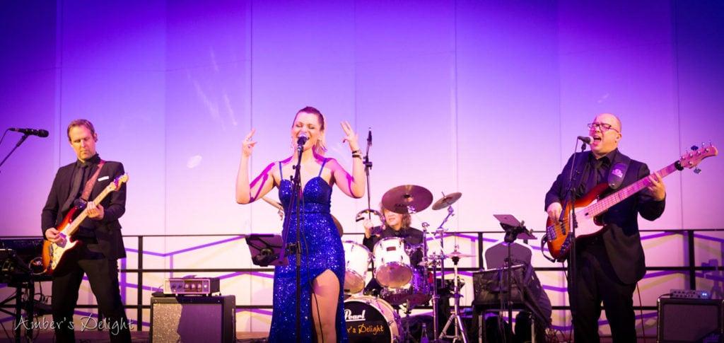 Band Ambers Delight Live Mit Tanzmusik Bei Tanzball der Tanzschule Fern, Absolut Tanzbar, Im Crowne Plaza Neuss 0436