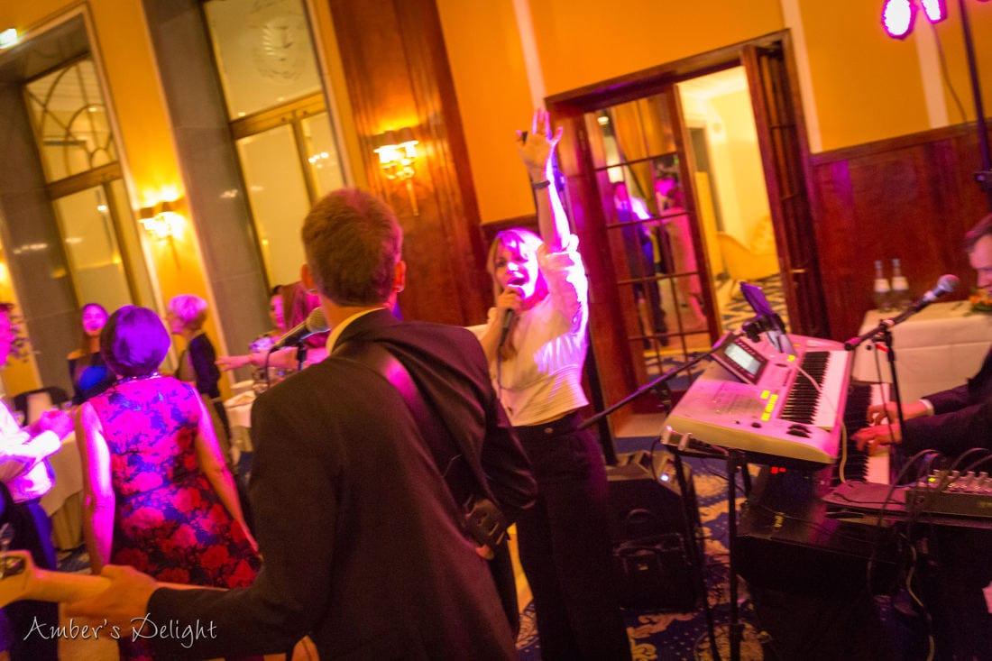 Hochzeitsband Livemusik Stimmung in Koeln bei Hochzeit