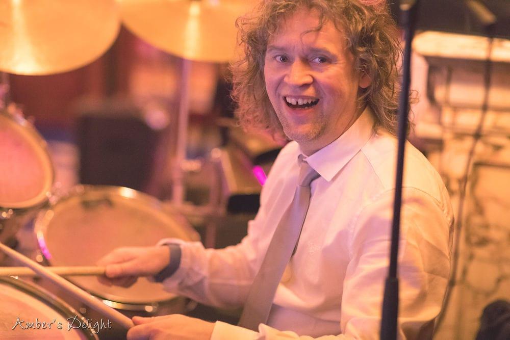 Schlagzeuger der Hochzeitsband Ambers Delight