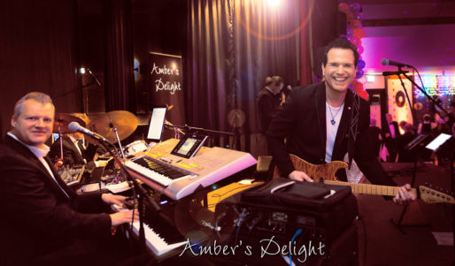 Partyband Ambers Delight In Aktion Silbvestergala