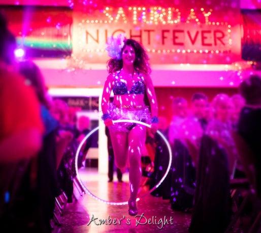 Tänzerin Live Showact Silvesterball Parkhotel Nuembrecht