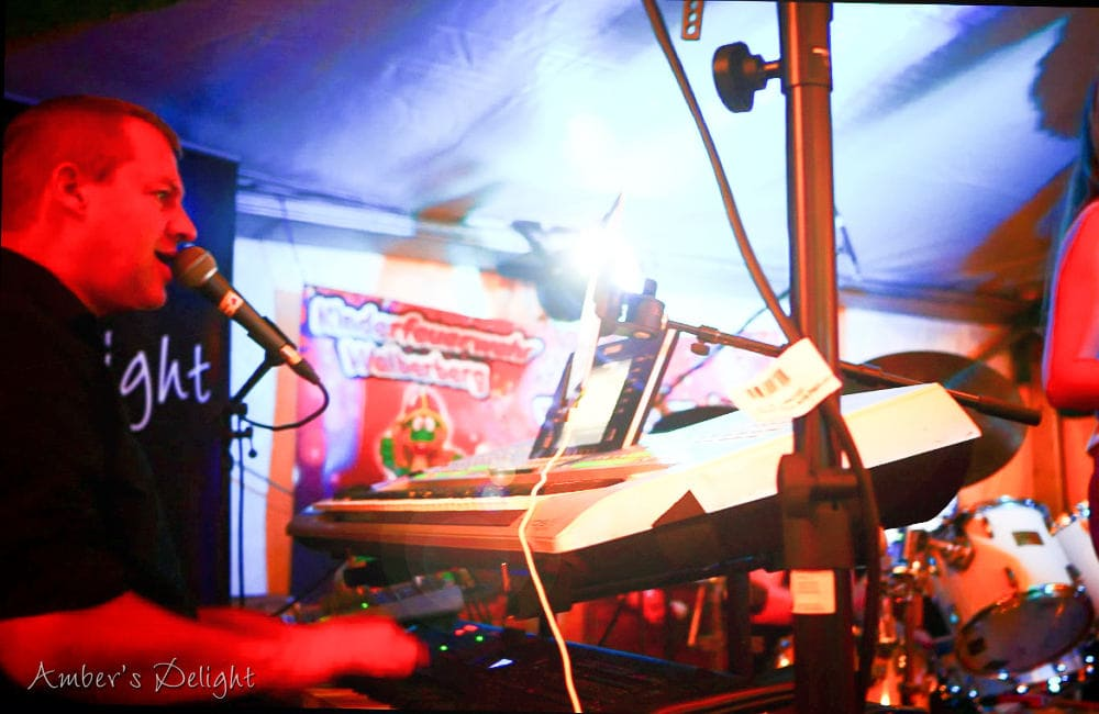 Partyband Keyboarder In Bornheim